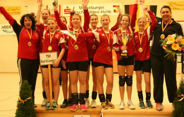 Die weibliche U14 des TSV Bayer 04 Leverkusen ist Deutscher Hallenmeister 2014