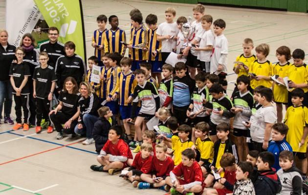 Südstraße gewinnt Stadtwerke Solingen Faustball-Stadtmeisterschaft der Solinger Grundschulen